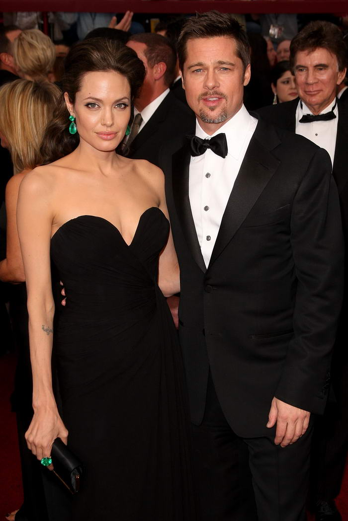 angelina-jolie-elie-saab-dress-oscars-2009-2