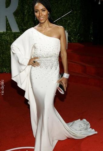 2009 الفساتين jada-pinkett-smith-o