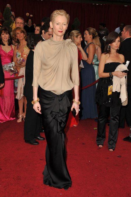 2009 الفساتين tilda-swinton-lanvin