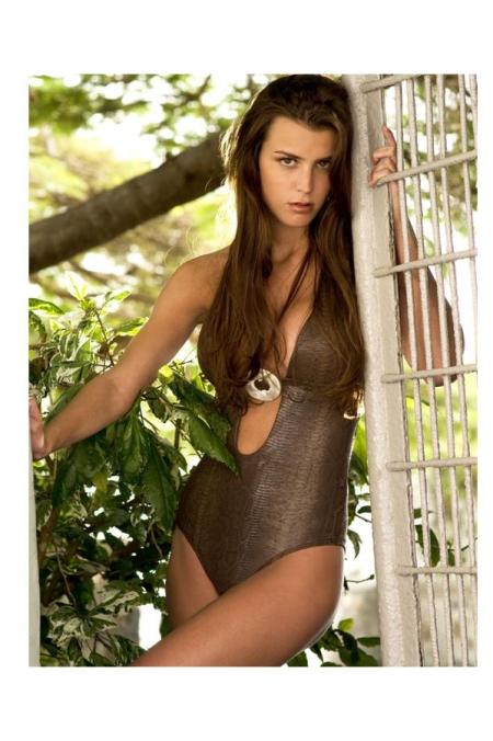 sabz-luxury-swimwear