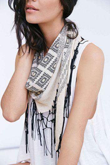 fringe scarf 1