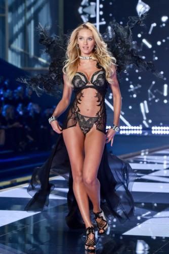 VS fashion show Candice Swanepoel