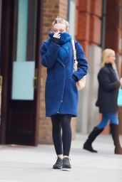 Dakota Fanning winter style