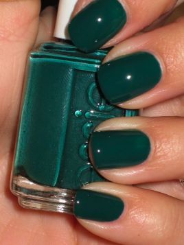 everydayfacts nail polish dark green