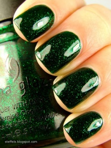 everydayfacts nail polish dark green
