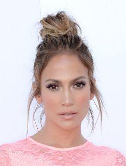 everydayfacts top knot Jennifer Lopez