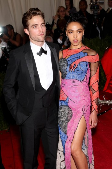 Met Gala 2015 Robert Pattinson & FKA Twigs
