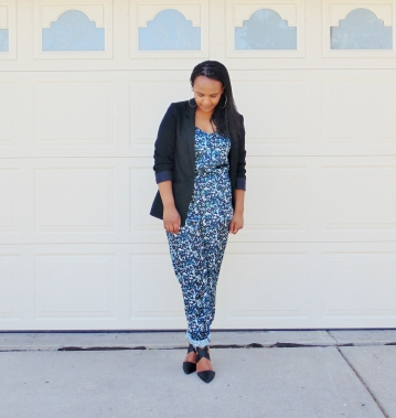 black blazer over floral print jumpsuit high heel shoes