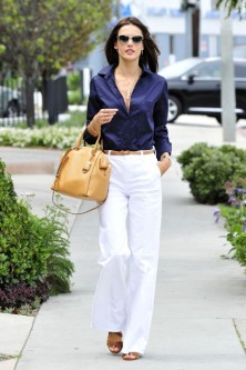 Off-Duty Model Fashion Style Inspiration Alessandra Ambrosio