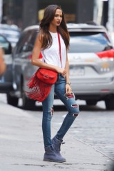 Off-Duty Model Fashion Style Inspiration Joan Smalls