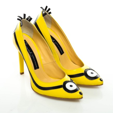 Password shoes Minion