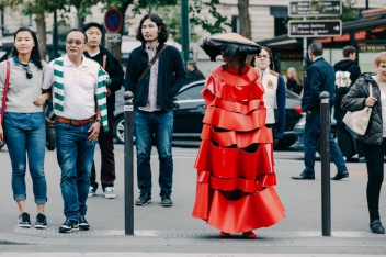 everydayfacts PFW Street Style