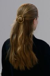 everydayfacts gold barrette