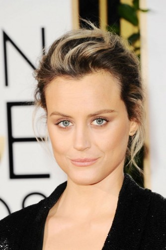 everydayfacts Golden Globes 2016 Taylor Schilling hair