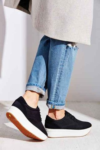 everydayfacts platform sneakers